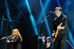 Usługi pocztowe, Amerykańska elektroniczna muzykalna grupa, wykonuje przy Heineken Primavera dźwięka 2013 festiwalem Obraz Royalty Free