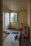 Uszkadzający stary pokój Fotografia Royalty Free