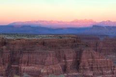 UT-Canyonlands天空区域白的外缘路的全国珀丽湾 库存图片