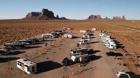 Utah Förenta staterna - Juli 9, 2018: RV parkerar tältplatsen nära th royaltyfri fotografi