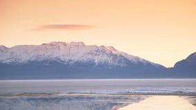 Utah sjö och bergzoom lager videofilmer