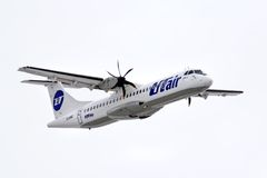 UTair ATR 72 Royaltyfri Fotografi