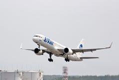 UTair Boeing 757 Royalty Free Stock Photography