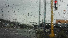 utanför att regna arkivbilder