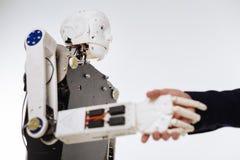Utarbetad innovativ robot som genomgår något prov Royaltyfri Fotografi
