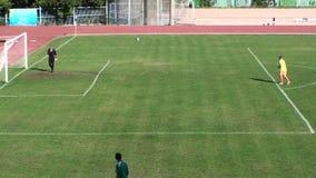 Utbildning för fotbollfotbolllek arkivfilmer