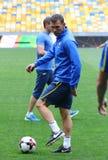 Utbildningsperiod av Ukraina det nationella fotbollslaget i Kyiv Arkivfoto