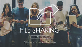 Utbytet för dataöverföringen som delar synkronisering, laddar upp begrepp Royaltyfri Bild