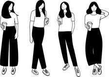 Utdragen översikt för samlingshand av det långa hårkvinnaanseendet som rymmer kaffekoppen royaltyfri bild