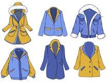 Utdragen beståndsdeluppsättning för hand med outerwear: färglag, omslag, blazer också vektor för coreldrawillustration stock illustrationer