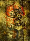 Utdragen drake på en guld- kanfas kinesisk drake Royaltyfri Foto