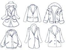 Utdragen grafisk beståndsdeluppsättning för hand med outerwear: färglag, omslag, blazer också vektor för coreldrawillustration vektor illustrationer