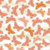 Utdragna fjärilar för hand i toner av apelsinen på subtly randig bakgrund för färg för grönt och vitt vatten 1866 baserde vektorn stock illustrationer