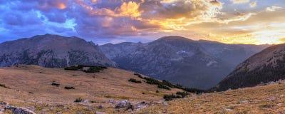 Ute Crossing Sunset Panorama royaltyfri fotografi
