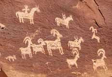 Ute Petroglyphs i bågenationalpark Royaltyfri Foto