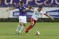 UTE versus De voetbalwedstrijd van de de Bankliga van DVSC OTP Stock Fotografie