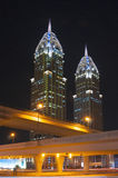 Uteliv i Dubai UAE November 18, 2012 Arkivfoton