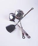 utensílios da cozinha ou utensílios de alta qualidade da cozinha no fundo Imagem de Stock