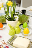 Utensílios de mesa da Páscoa fotografia de stock