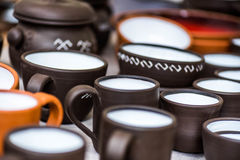 Utensílios de mesa feitos a mão, pratos Fotos de Stock Royalty Free