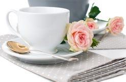 Utensílios de mesa para o chá Imagens de Stock