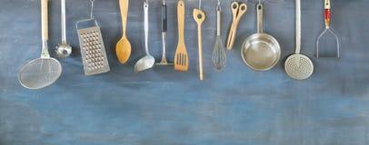 Utensílios que cozinham, conceito culinário da cozinha foto de stock royalty free