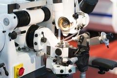 Utensile per il taglio del carburo di alta precisione che frantuma dal CNC gr automatico Immagine Stock
