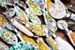 Utensilios de cerámica adornados de la cocina Fotografía de archivo libre de regalías