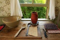 Utensilios de la cocina de la vendimia Fotografía de archivo
