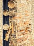 Utensilios de madera tradicionales Imagenes de archivo