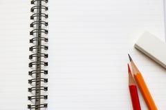 Utensilios del cuaderno y de la escritura Imágenes de archivo libres de regalías