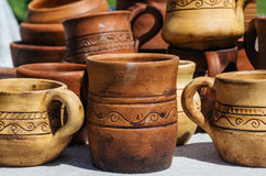 Utensilios hechos a mano de cerámica Imagenes de archivo