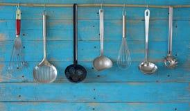 utensils för service för anddatalistkök trevliga Arkivfoto