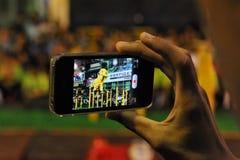 Utente di Smartphone Fotografia Stock Libera da Diritti