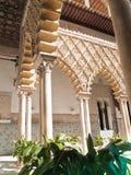 Uteplats de las Doncellas, verklig Alcazar, av Seville Arkivfoto