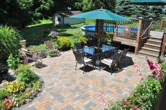 Uteplats och trädgård Royaltyfria Bilder