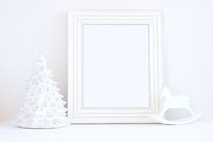 Utformat materielfotografi för jul modell med den vita ramen Arkivbild