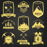Utforskare Adventure Vintage Label Arkivfoton