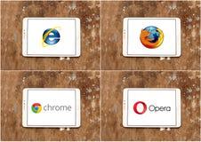 Utforskare för rengöringsdukwebbläsareinternet, firefox, Google krom och opera royaltyfri foto