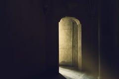 Utgång till ljus och ny början Fotografering för Bildbyråer