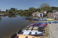 Uthyrnings- fartyg på floden Frome Wareham England UK Royaltyfri Foto