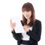 Utilisant la tablette de calculateur numérique image libre de droits