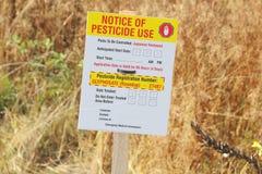 Utilisation d'avis au public et de pesticide photo libre de droits