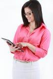 Utilisation de femme d'affaires de comprimé Photos libres de droits