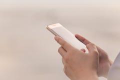 Utilização de Smartphone Foto de Stock