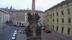 Utkik för monument Prague för gammal stad religiös till den Praha hradslotten lager videofilmer