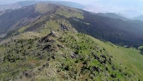 Utkik på maximumet av en kant i den Idaho vildmarken arkivfilmer