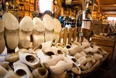 utläggning holland shoes trä Royaltyfri Fotografi
