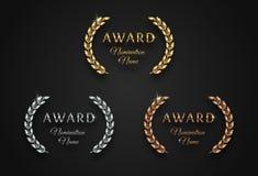 Utmärkelsetecken med lagerkransen - guld-, silver- och bronsvarianter, royaltyfri illustrationer