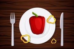 Utmärkt kvalitets- wood textur, tabell, tabellöverkant, peppar på en platta, skivor av peppar Designvegetarianmeny Royaltyfri Fotografi